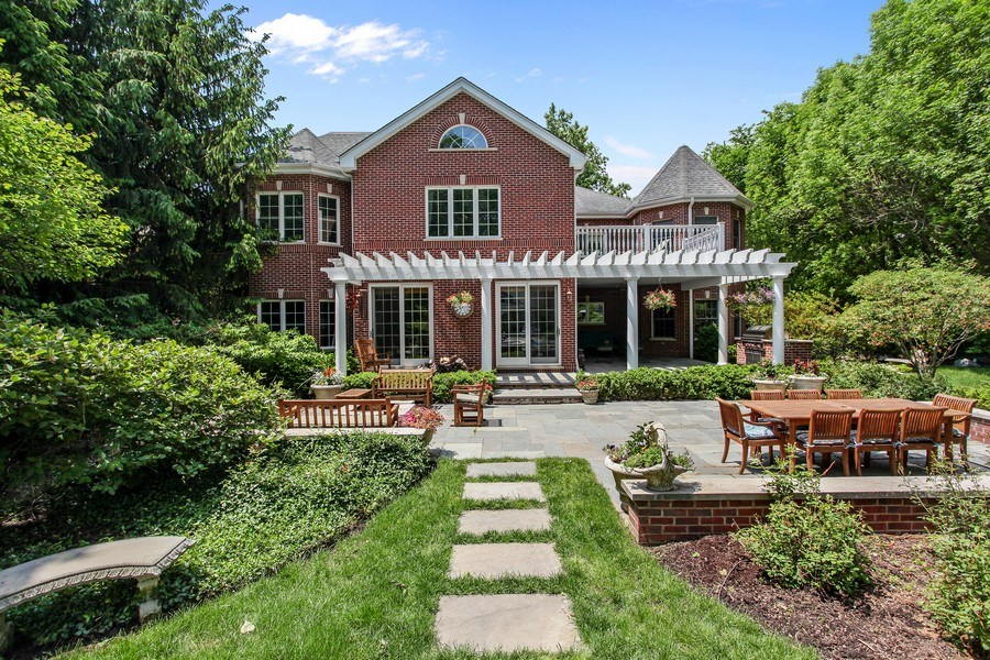 Real Estate Photography - 1507 Sunset Road, Highland Park, IL, 60035 - Rear View