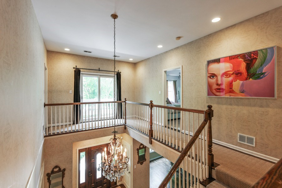 Real Estate Photography - 1507 Sunset Road, Highland Park, IL, 60035 - Hallway
