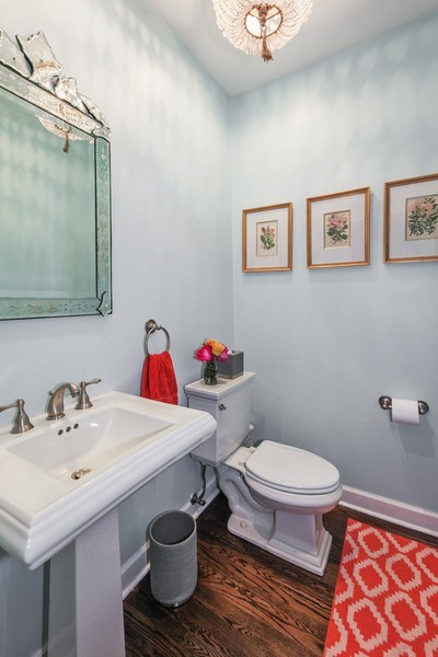 Real Estate Photography - 1507 Sunset Road, Highland Park, IL, 60035 - Half Bath