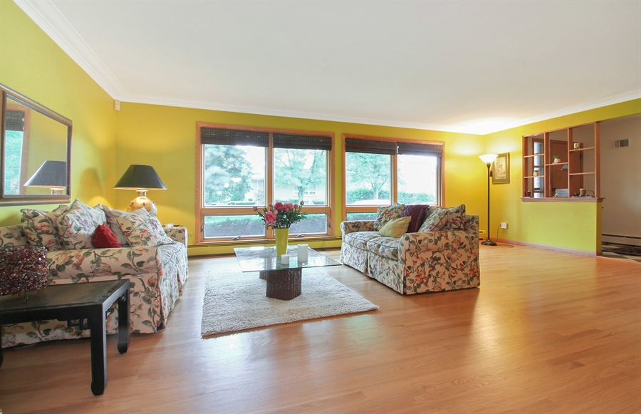 Real Estate Photography - 4500 W. Rosemont Avenue, Chicago, IL, 60646 - Living Room