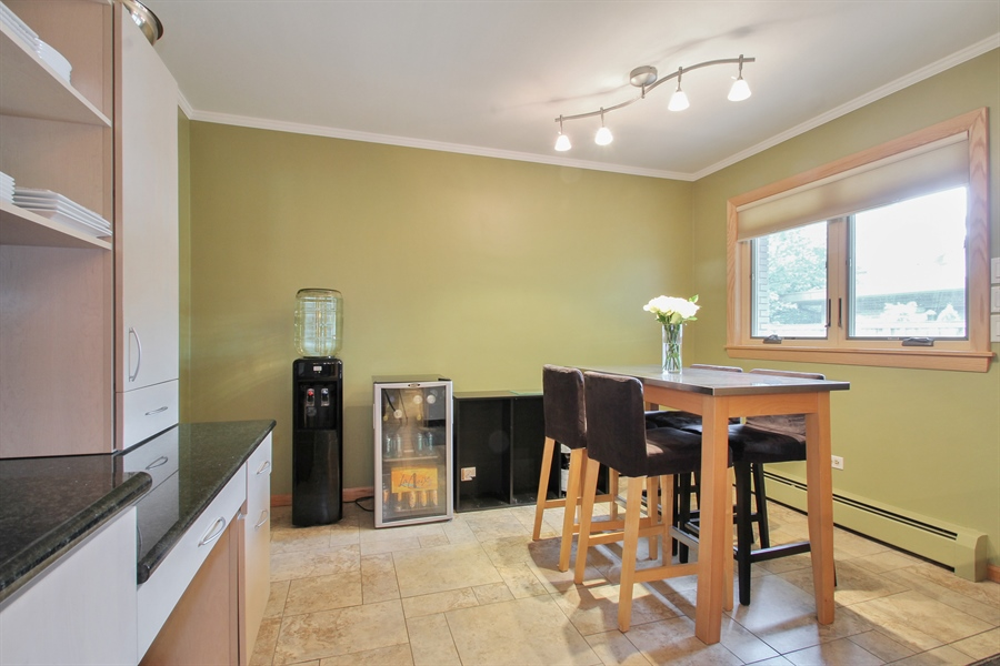 Real Estate Photography - 4500 W. Rosemont Avenue, Chicago, IL, 60646 - Breakfast Area