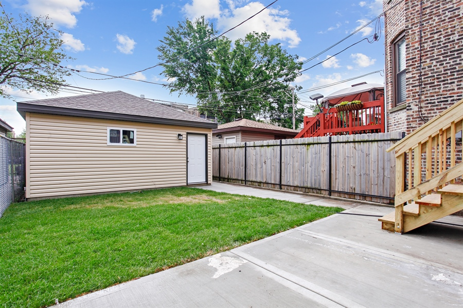 Real Estate Photography - 6423 S. Ingleside Avenue, Chicago, IL, 60637 - Back Yard