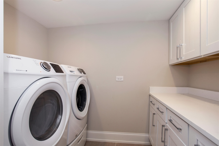 Real Estate Photography - 6423 S. Ingleside Avenue, Chicago, IL, 60637 - Laundry Room