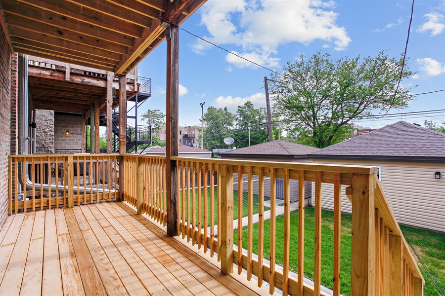 Real Estate Photography - 6423 S. Ingleside Avenue, Chicago, IL, 60637 - Deck