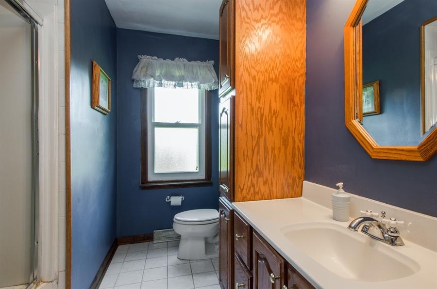Real Estate Photography - 6702 Meadow Drive, Crystal Lake, IL, 60012 - 2nd Bathroom