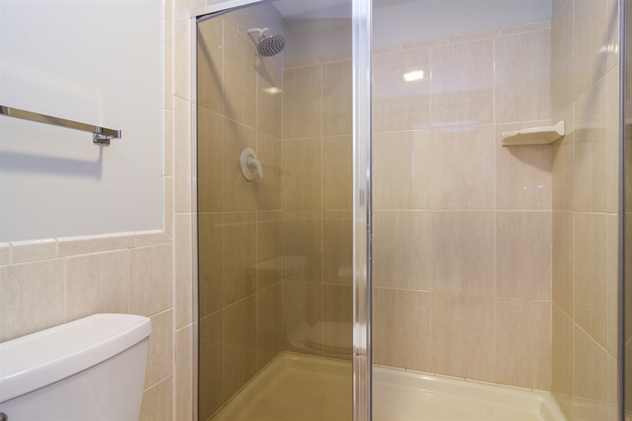 Real Estate Photography - 2630 E. Bel Aire Drive, Unit 303, Arlington Heights, IL, 60004 - Master Bathroom