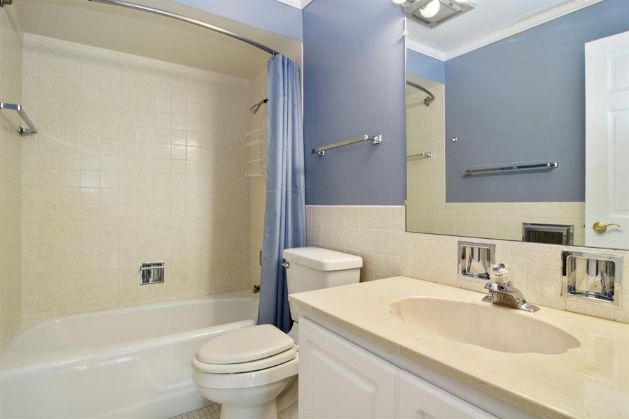 Real Estate Photography - 2630 E. Bel Aire Drive, Unit 303, Arlington Heights, IL, 60004 - Bathroom