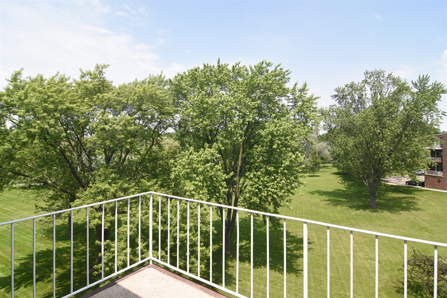 Real Estate Photography - 2630 E. Bel Aire Drive, Unit 303, Arlington Heights, IL, 60004 - Balcony