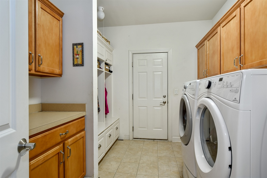 Real Estate Photography - 2500 Stonybrook Street, Wauconda, IL, 60084 - Laundry Room