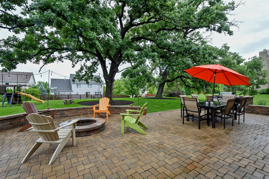 Real Estate Photography - 2500 Stonybrook Street, Wauconda, IL, 60084 - Patio