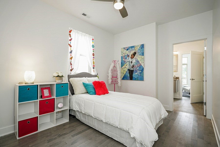 Real Estate Photography - 4144 S. Calumet Avenue, Chicago, IL, 60653 - 2nd Bedroom