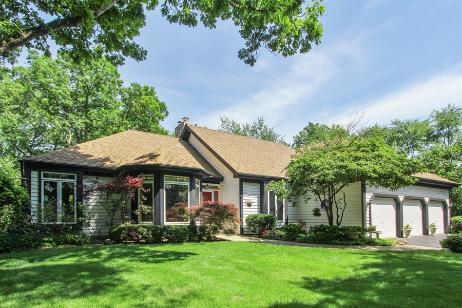 Real Estate Photography - 26073 W. Laurel Court, Wauconda, IL, 60084 - Front View