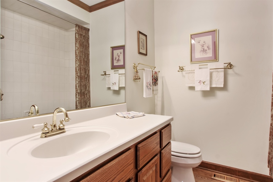 Real Estate Photography - 26073 W. Laurel Court, Wauconda, IL, 60084 - Bathroom