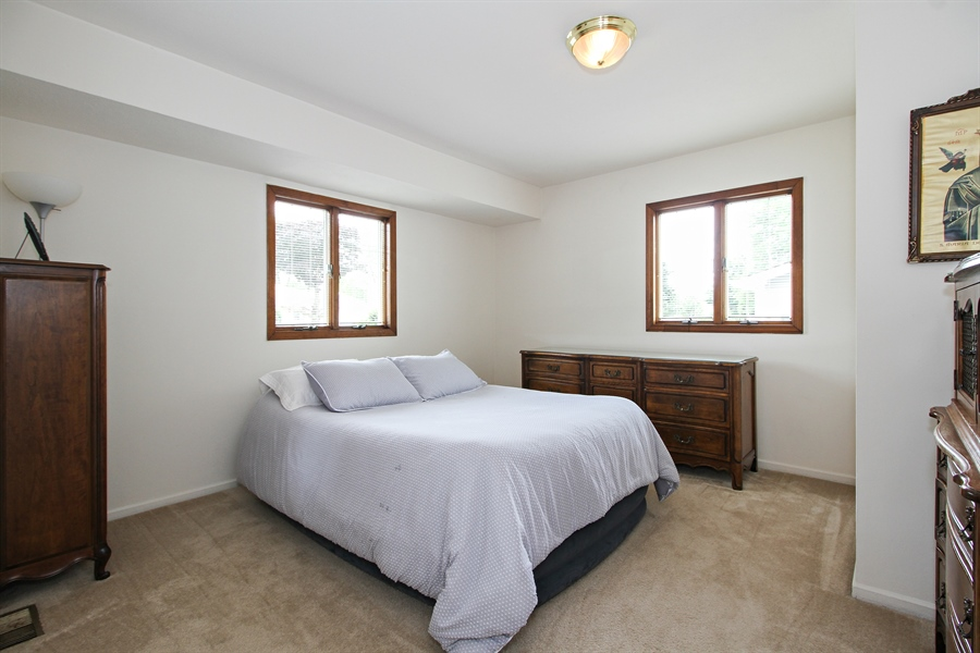 Real Estate Photography - 8536 Leamington Avenue, Burbank, IL, 60459 - Bedroom