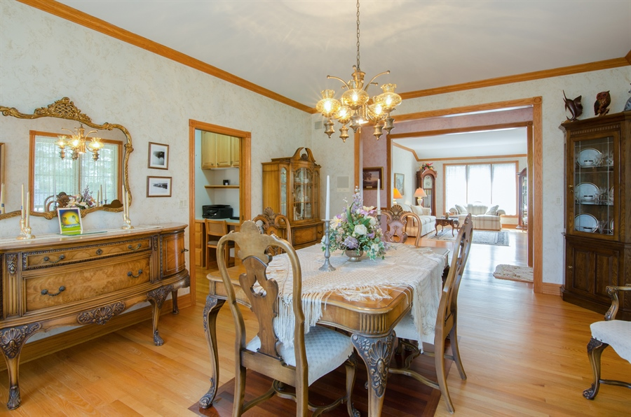Real Estate Photography - 353 Mildred Avenue, Cary, IL, 60013 - Dining Room