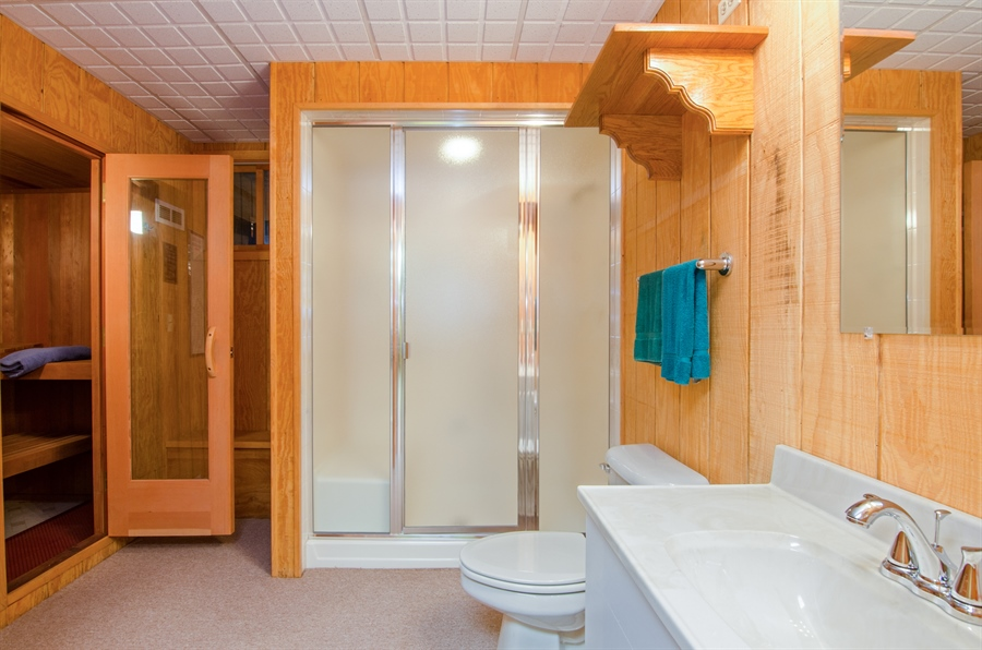 Real Estate Photography - 353 Mildred Avenue, Cary, IL, 60013 - Sauna