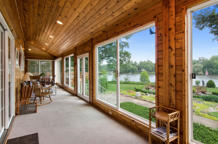 Real Estate Photography - 353 Mildred Avenue, Cary, IL, 60013 - Sun Room