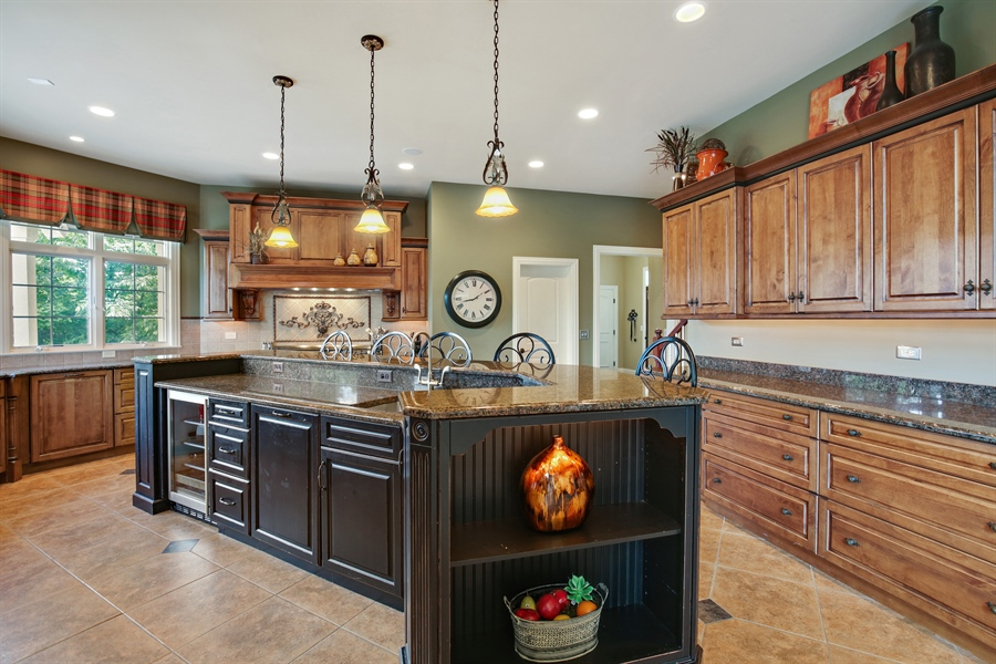 Real Estate Photography - 3602 Grandview, St Charles, IL, 60174 - Kitchen