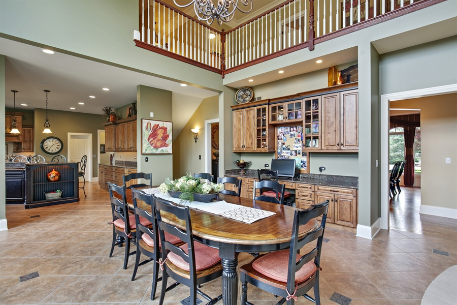 Real Estate Photography - 3602 Grandview, St Charles, IL, 60174 - Kitchen / Breakfast Room