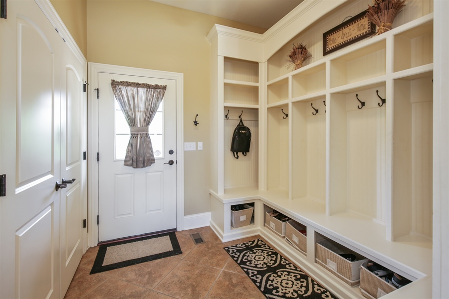 Real Estate Photography - 3602 Grandview, St Charles, IL, 60174 - Mudroom