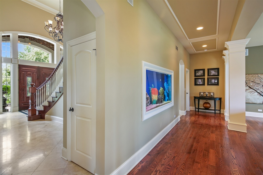 Real Estate Photography - 3602 Grandview, St Charles, IL, 60174 - Hallway