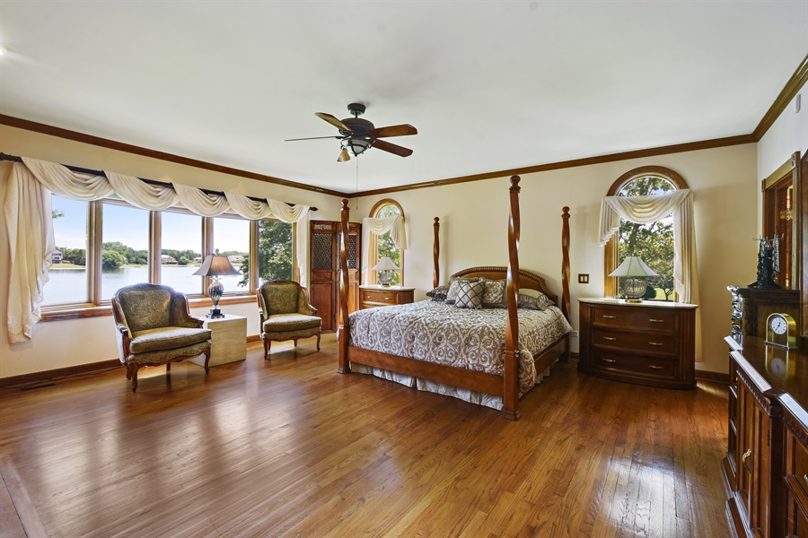 Real Estate Photography - 1314 Dunheath Drive, Barrington, IL, 60010 - Master Bedroom