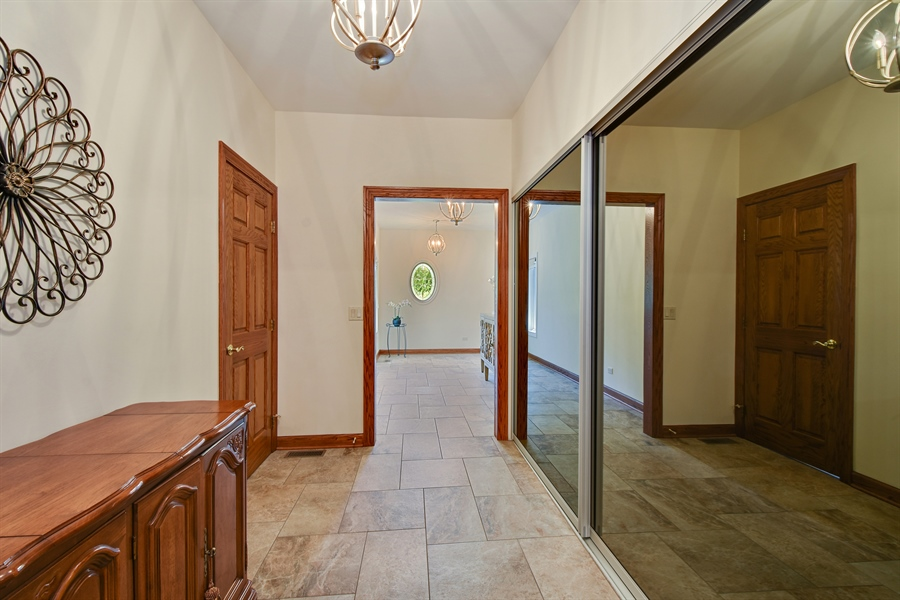 Real Estate Photography - 1314 Dunheath Drive, Barrington, IL, 60010 - Mudroom