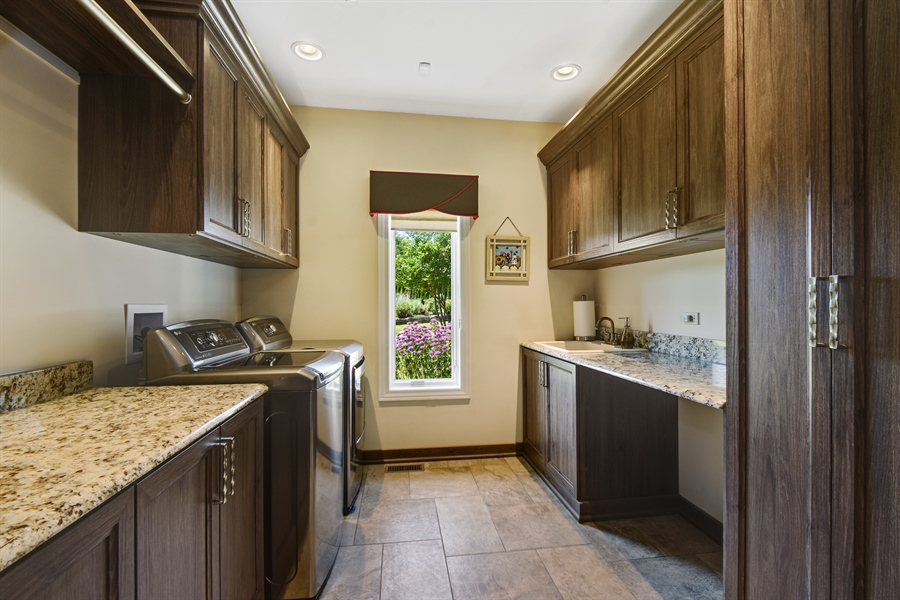 Real Estate Photography - 1314 Dunheath Drive, Barrington, IL, 60010 - 1st Floor Laundry