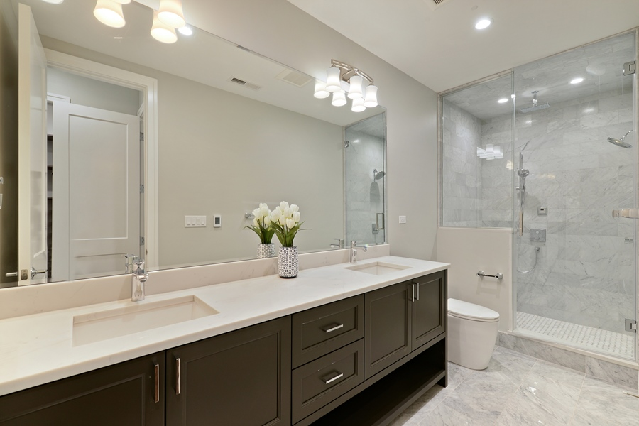 Real Estate Photography - 2918 N. Lakewood Avenue, Unit 2, Chicago, IL, 60657 - Master Bathroom