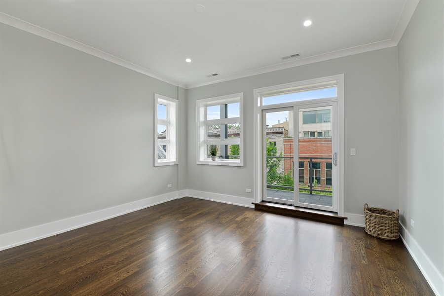 Real Estate Photography - 2918 N. Lakewood Avenue, Unit 2, Chicago, IL, 60657 - Master Bedroom