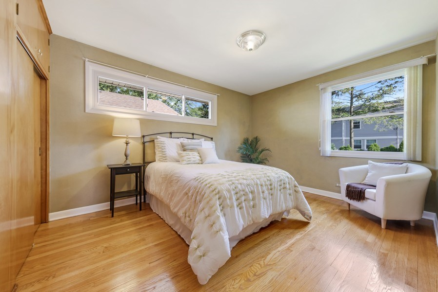 Real Estate Photography - 883 Duane Street, Glen Ellyn, IL, 60137 - 2nd Bedroom