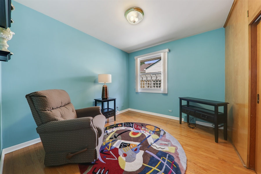 Real Estate Photography - 883 Duane Street, Glen Ellyn, IL, 60137 - Bedroom