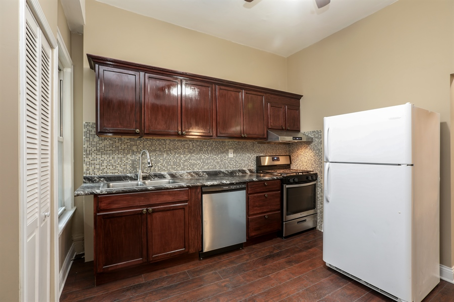 Real Estate Photography - 1652 W. 35th Street, Chicago, IL, 60609 - Kitchen