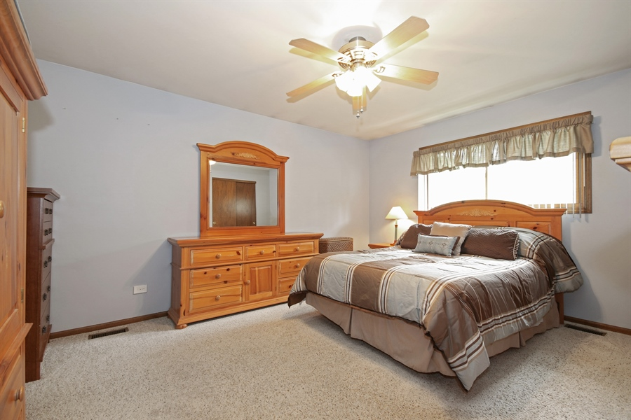 Real Estate Photography - 4706 151st Street, Oak Forest, IL, 60452 - Master Bedroom