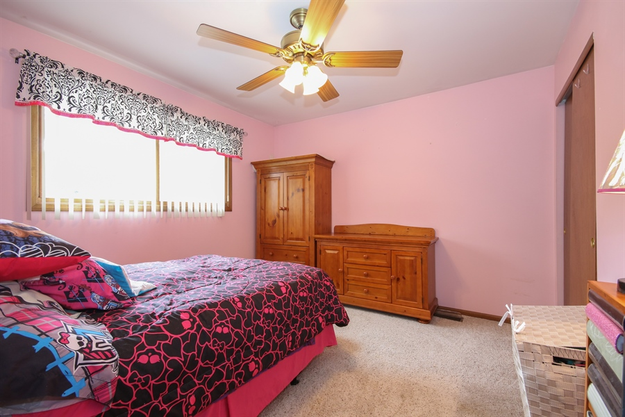Real Estate Photography - 4706 151st Street, Oak Forest, IL, 60452 - Bedroom