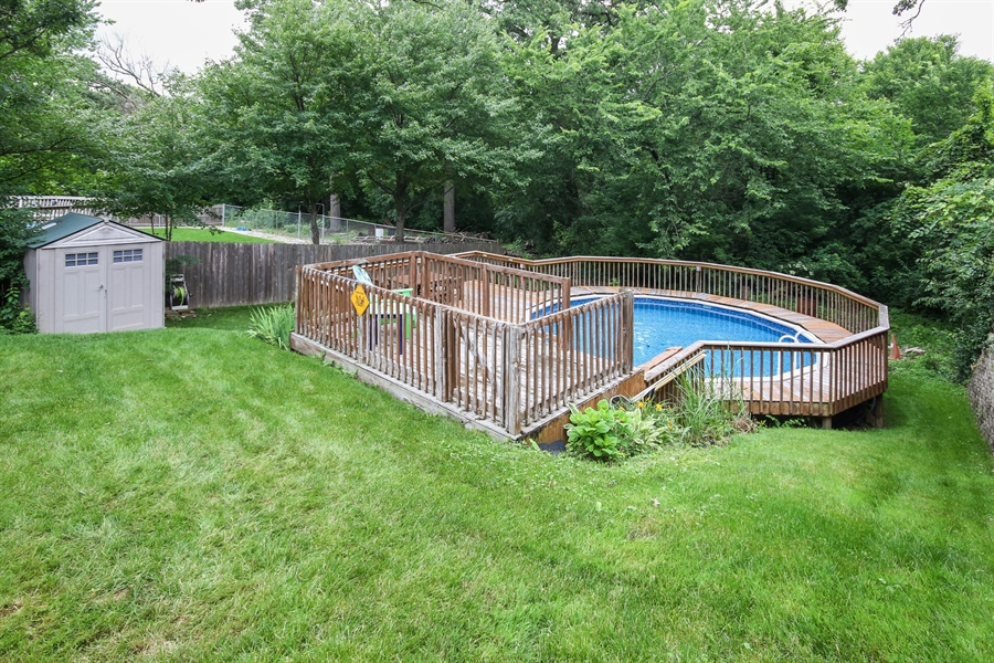 Real Estate Photography - 4706 151st Street, Oak Forest, IL, 60452 - Pool