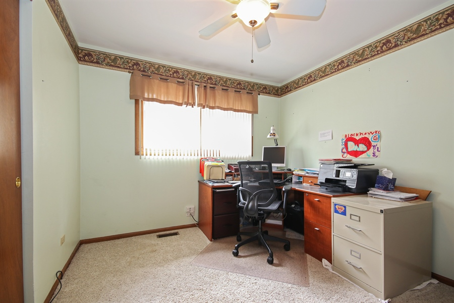 Real Estate Photography - 4706 151st Street, Oak Forest, IL, 60452 - Office