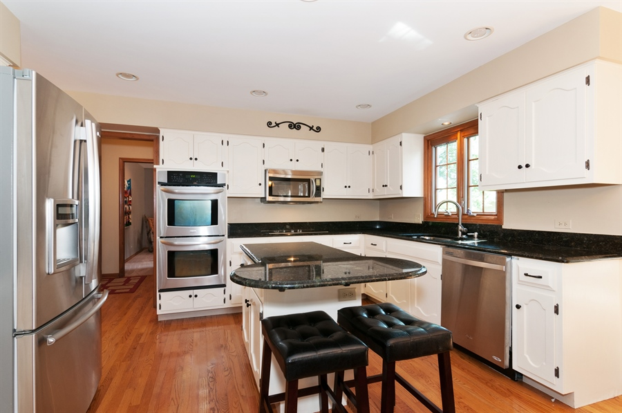 Real Estate Photography - 1508 Meadowland Drive, Naperville, IL, 60540 - Kitchen