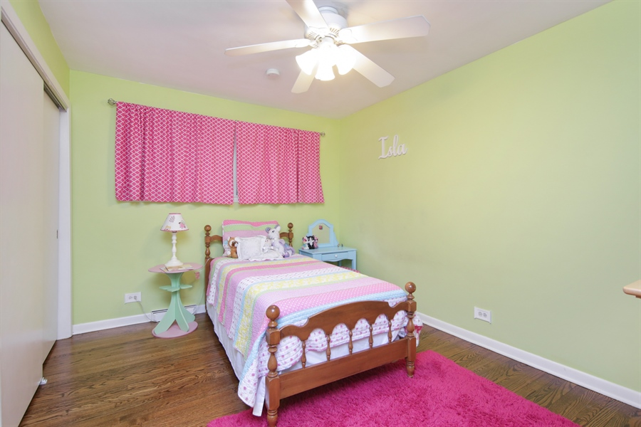 Real Estate Photography - 8 North Louis St, Mount Prospect, IL, 60056 - Bedroom