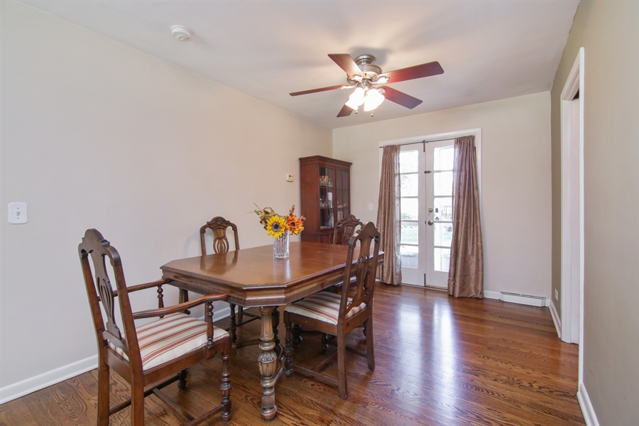 Real Estate Photography - 8 North Louis St, Mount Prospect, IL, 60056 - Dining Room