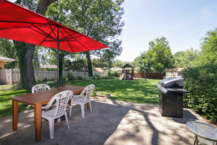 Real Estate Photography - 8 North Louis St, Mount Prospect, IL, 60056 - Back Yard
