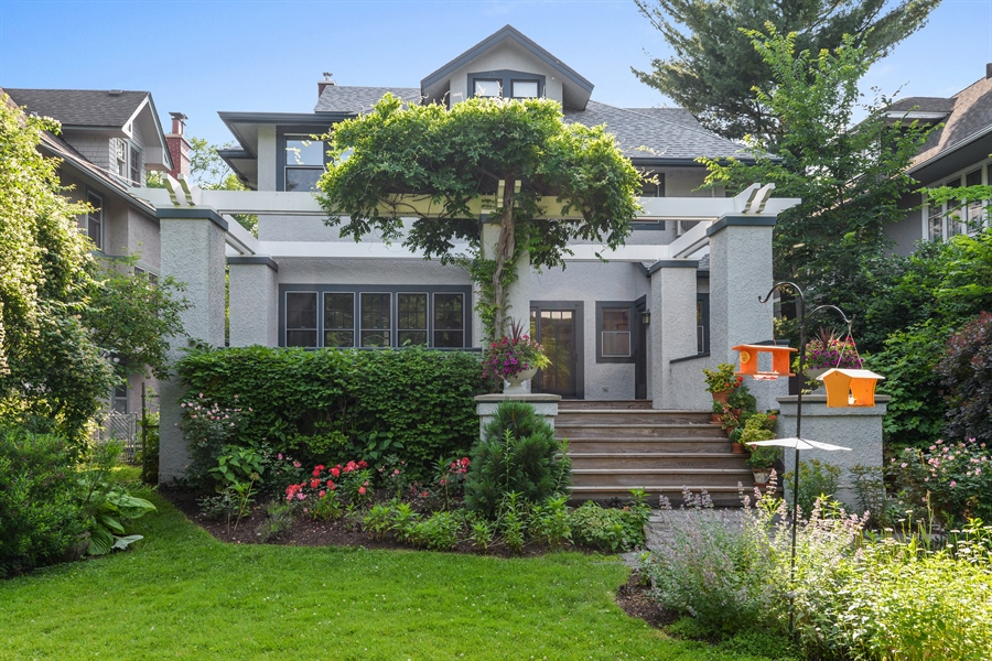 Real Estate Photography - 735 Michigan Ave, Evanston, IL, 60202 - Rear View
