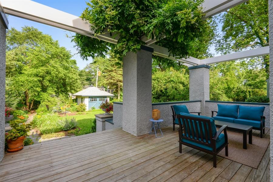 Real Estate Photography - 735 Michigan Ave, Evanston, IL, 60202 - Deck
