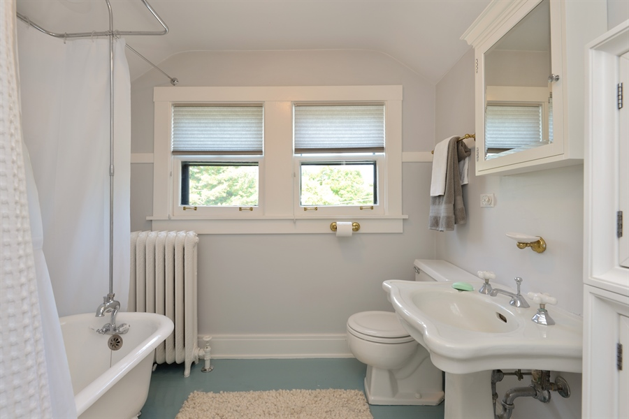 Real Estate Photography - 735 Michigan Ave, Evanston, IL, 60202 - 2nd Bathroom