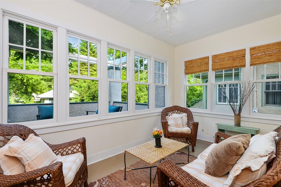 Real Estate Photography - 735 Michigan Ave, Evanston, IL, 60202 - Sun Room