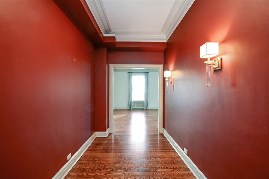 Real Estate Photography - 12 E Scott St, Unit 5, Chicago, IL, 60610 - Foyer