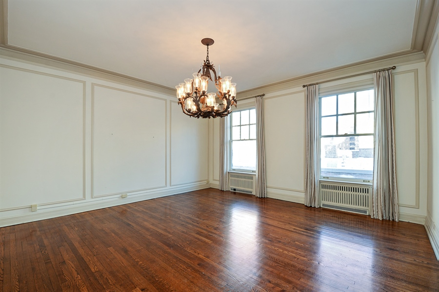 Real Estate Photography - 12 E Scott St, Unit 5, Chicago, IL, 60610 - Dining Room