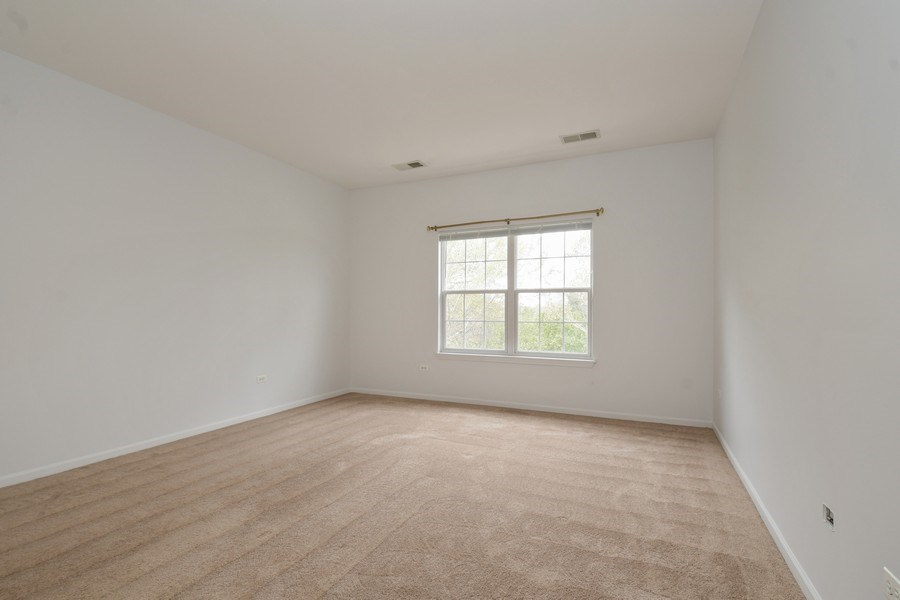 Real Estate Photography - 3243 Stratford Court, Unit 3F, Lake Bluff, IL, 60044 - Master Bedroom