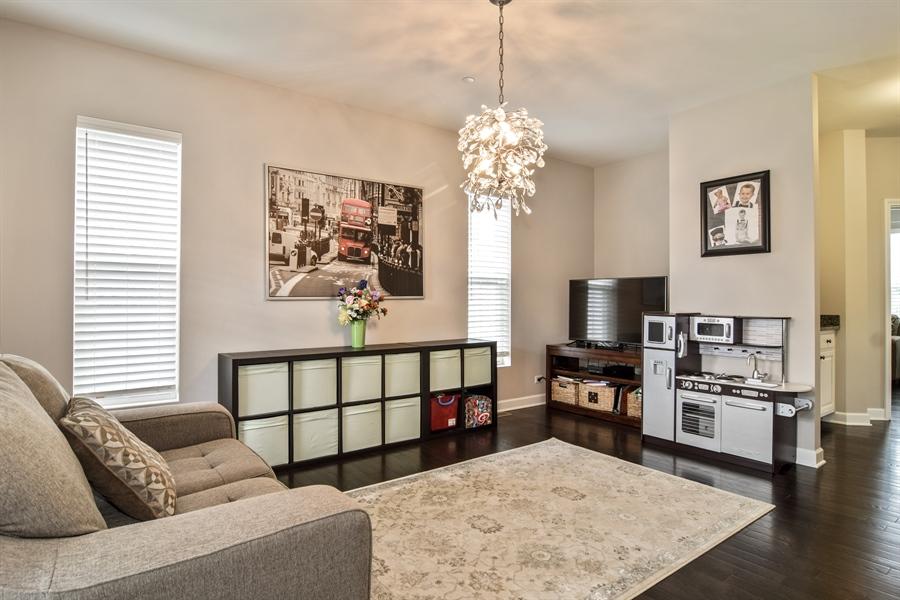 Real Estate Photography - 3575 Elsie Lane, Hoffman Estates, IL, 60192 - Living Room
