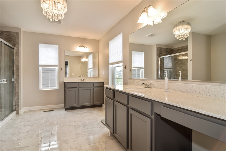 Real Estate Photography - 3575 Elsie Lane, Hoffman Estates, IL, 60192 - Master Bathroom